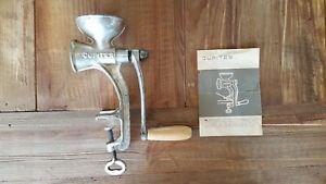 Jupiter | Buchstütze | Mohnmühle Kornmühle Kleinschrotmühle Getreidemühle
