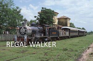 ORIGINAL 35MM PARAGUAY RAILWAY SLIDE STEAM LOCO FCPAL 101 PIRAYU STATION 1986