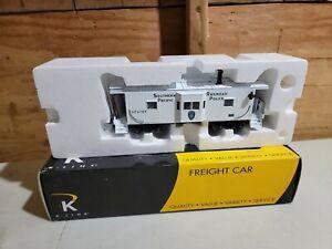 K-Line K612-2034 Southern Pacific RR Police Bay-Window Caboose O-Gauge