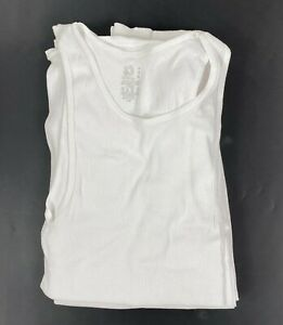 Fruit of the Loom mens A-shirt white NWOT Size medium opened package 8 pack