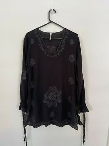 Ridley Black Embroidered Long Top/Coverall Size OSFA