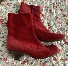 La Canadienne Red Suede Waterproof Kitten Heel Boots Shoes Womens Size 7 M