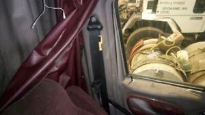2007 Peterbilt 387 Left Front Seat Belt Retractor   (6528587