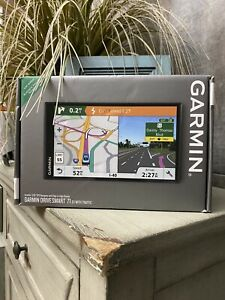 Garmin Drive Smart 71 EX With Traffic Mountable GPS System Brand NEW & Sealed