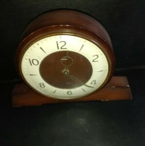 Vintage Smiths 8-day mantel clock, Floating balance, good  for age condition,