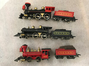 3 HO steam locomotives for parts or repair see photos for best description (11K)