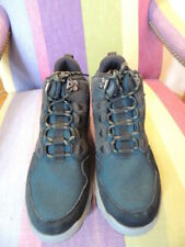 TEVA Size 9 Men's Arrowood Mid Height Hiking Trail Boots Shoes NEW