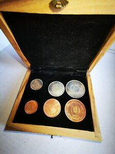 Very Rare Jordan 1965 Proof Coin Set In A Olive Wooden Box