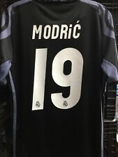 Adidas Real Madrid Away Jersey 16/17 Modric #19 Black Dark Purple Size Small
