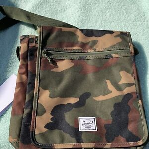 Herschel Lane Messenger Bag Camo