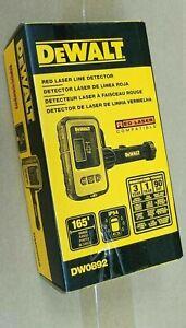 DEWALT DW0892 RED LASER Digital Laser Line Detector + Detector Clamp, Red Laser