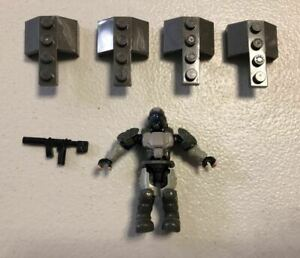 Mega Bloks loose figure ROOKIE from CYY43 UNSC  WOMBAT RECON DRONE