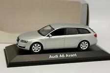 Minichamps 1/43 - Audi A6 Avant Grise métal
