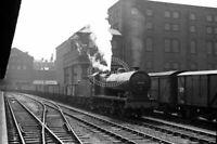 PHOTO British Railways Steam Locomotive Class 7F-B 49509 at Huddersfield
