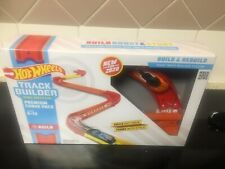 New Hot Wheels Track Builder premium curve pack