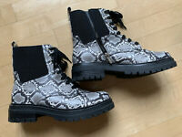 Sam Edelman Circus Giovanny combat boots, 10