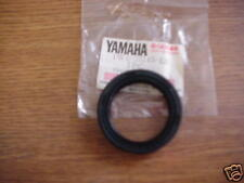 Yamaha FZR400 IT175 XV1100 XV750 IT465 NOS Oil Seal J/M