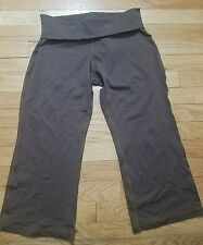 Yoga Threads Yoga Pants Capri Athletic Women's Size Medium Brown Made in the USA