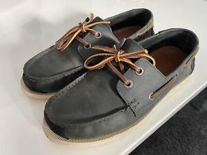 Superdry boat shoes size 8 Uk