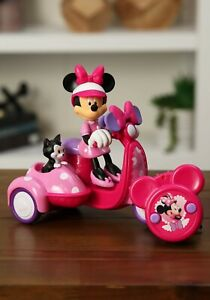 Disney Minnie Mouse Toy RC Car Pink Scooter Vehicle (open packaging)