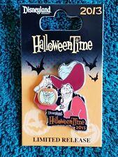 Disney Pin #98257 HalloweenTime- Captain Hook & TinkerBell (Glow in the Dark) Le