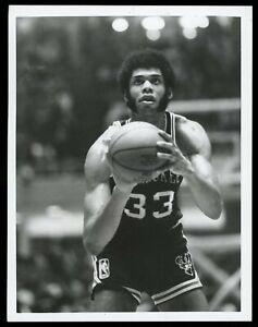 Kareem Abdul-Jabbar 1972 Milwaukee Bucks Basketball Type 1 Original Photo