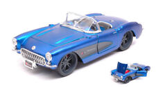 Chevrolet Corvette 1957 Cabriolet Metallic Blue 1:24 Model 31323B MAISTO