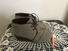 Toms Desert Ankle Boots Brown LaceUp Wedge Heel Fashion Chukka Booties Womens 10