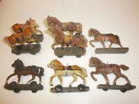 Konvolut 8 alte Hausser Elastolin Militär Gespannpferde für Massesoldaten 7.5cm