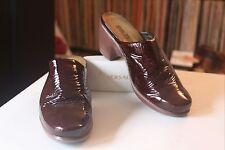 Naot 37 Dark Burgundy Crinkle Patent Leather Mules Clogs Women's Sz 6-6.5