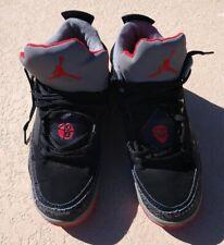 2012 Air Jordan Son of Mars Sneakers 580603-009 Size 8 Black / Red