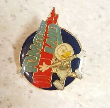 Tomorrowland Donald Duck in Space Suit Pin