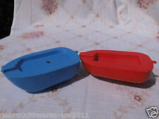 DDR Spielzeug Plastik Boote / 2 Beiboote ca.1980 / blau + rot / Ostalgie Kult