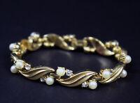 Vintage 1960s Signed Crown TRIFARI Linked Bracelet Gold Tone Faux Pearl Diamonds