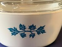 Corning Ware PYROFLAM Netherlands Blue Leaf Casserole Pf 31 with Lid
