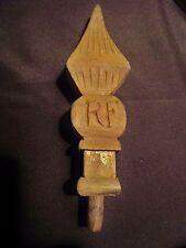 ancien épi de procession-tête de hampe- en bois sculpté dans la masse marqué rf