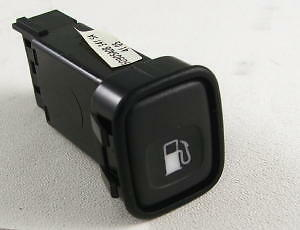 Land Rover Range Rover P38 Fuel Flap Switch (AMR3388)