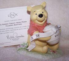 Lenox Disney Pooh Sweet Treat 2008 Figurine Showcase NIB COA