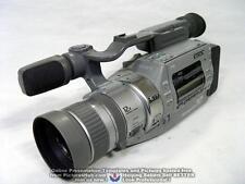 SONY CCD-VX3 Hi8 Stereo 3CCD Hi-End Handycam - 90 Days Wrty