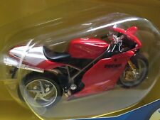 RARE 1:18 2002 Ducati 998R Red Diecast plastic toy Motorcycle Maisto