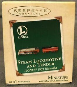 Lionel Steam Locomotive and Tender 1939 Hiawatha 2005 Hallmark Mini Ornament NIB
