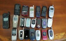 Lot Vintage cell phone Most Flip phones + Samsung Nokia LG read