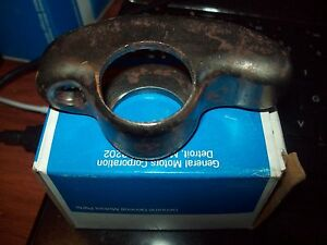 NOS GM  R950 Engine Rocker Arm 6.2L Diesel 23500074