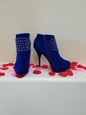 Womens size 10, Beautiful!! Blue with Gold spikes stiletto Booties Heel