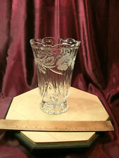 """Vtg 8.25""""T x 5.5""""Dia frosted Flowers & Leaves Clear Crystal Glass Vase-free ship"""