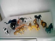 lot animaux plastiques roi lion lions éléphants chat cheval bison gazelle zebre