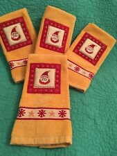 Set Of 4 Gold/yellow/Red Terry/Velour Christmas Fingertip Towels W/ Santa ByRitz