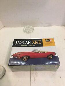 1963 Revell Jaguar XK-E Model Kit H-1280: 200, 1/25th Scale NEW Sealed Kit