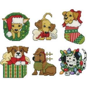 Design Works Plastic Canvas Ornament Kit CHRISTMAS PUPPIES Complete Kit