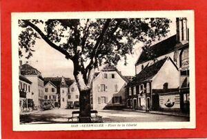 cpa 68 GUEBWILLER - Place de la Liberté